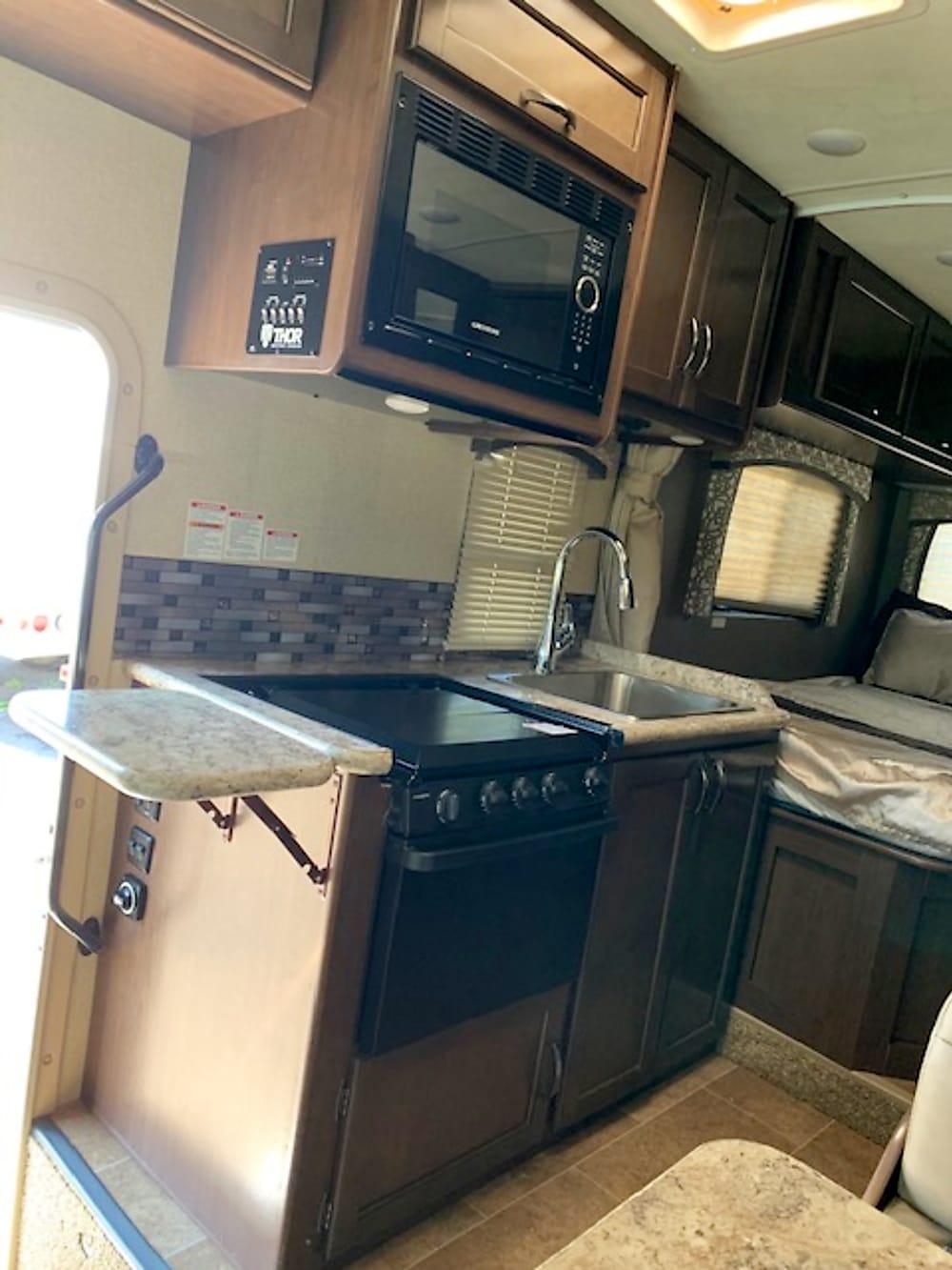 2019 Thor Motor Coach Chateau – Interior – Kitchen