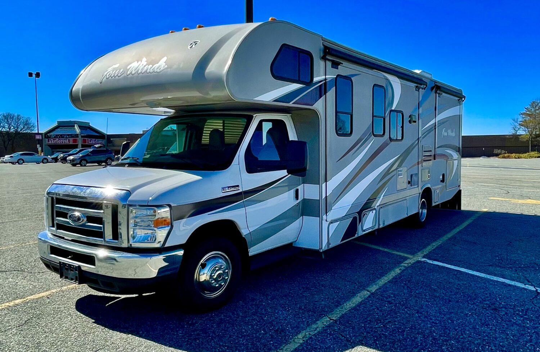 2016 Thor Motor Coach Four Winds